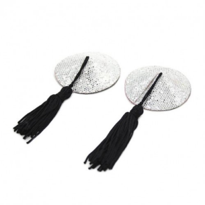Серебристые пэстисы с черными кисточками