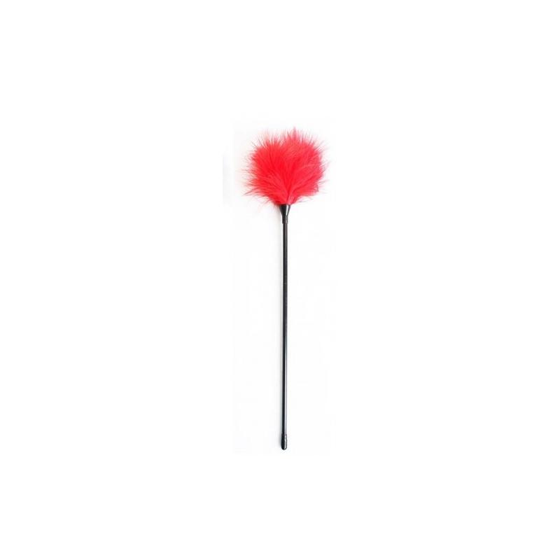 Красный перьевой тиклер