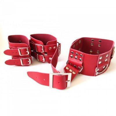 Бондаж БДСМ красный ошейник и наручники