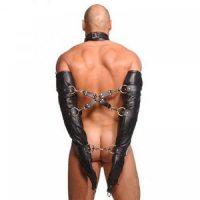 Строгий кожаный бондажный армбиндер с крестом