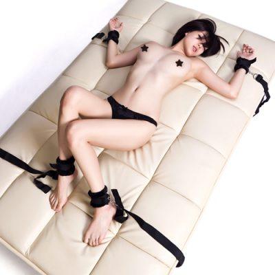 Набор для бондажа к кровати