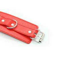 Классические красные наручники