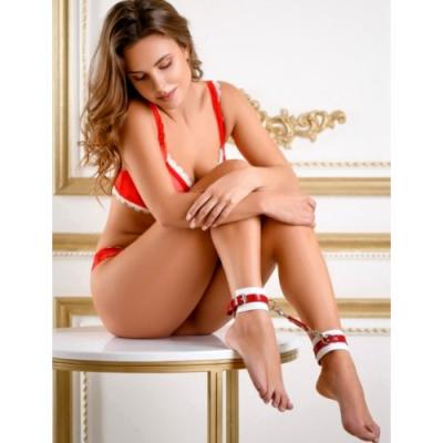Элегантные поножи из натуральной кожи бело-красные