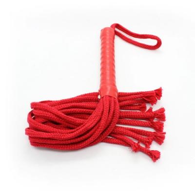 Красная плеть из нейлона