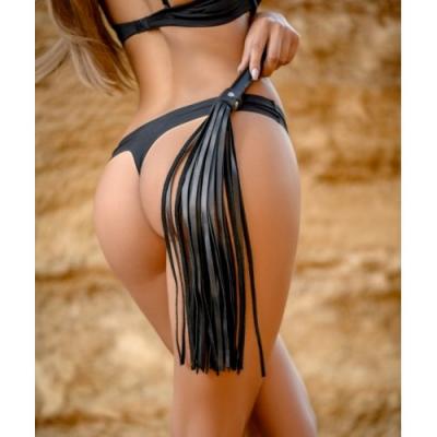 Плеть из натуральной кожи черного цвета Lady's Arsenal