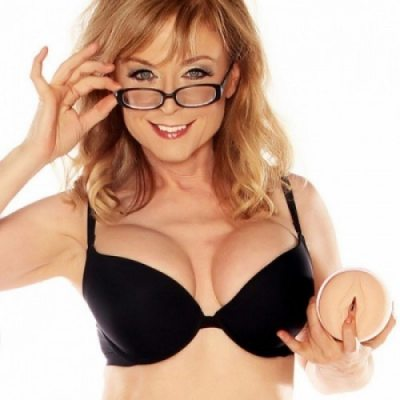Мастурбатор Fleshlight Girls Nina Hartley Lotus