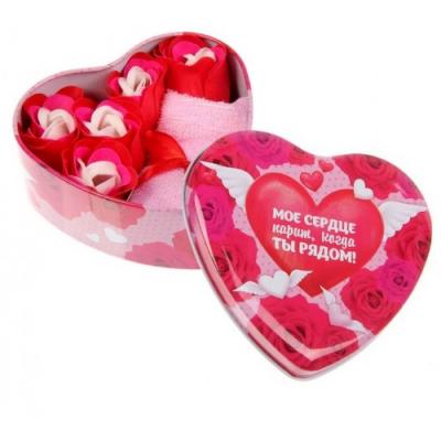 Набор мыльных лепестков в шкатулке-сердце Мое сердце парит, когда ты рядом